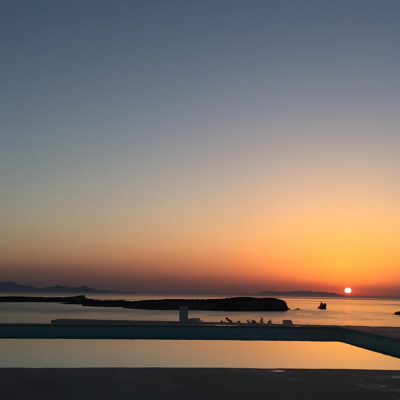 SUNSET PAROS GRECE